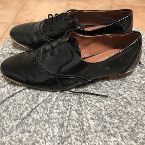 Zara Patent Leather Shoes with Gold Detail Sz 38